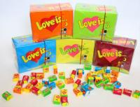 Жевательная резинка Love is...